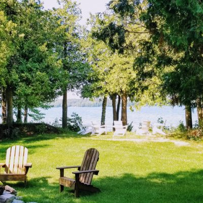 """Kith & Kin Retreat"" Waterfront on Kangaroo Lake-COMING SOON!"